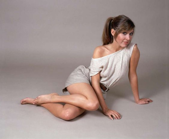Young Carrie Fisher Made So Many Boys Into Men