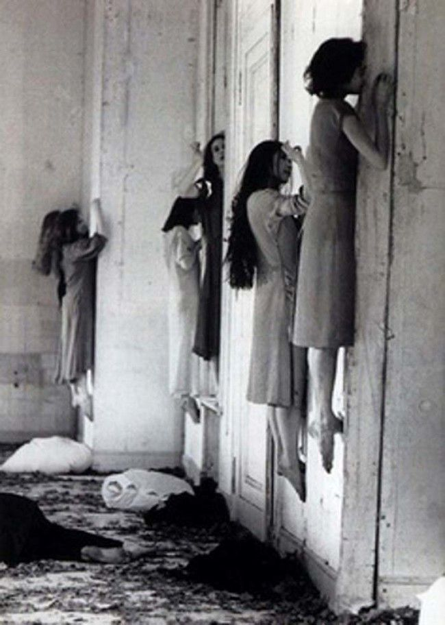 21 Creepy Black and White Photos That Will Give You Nightmares - Creepy Gallery