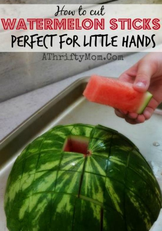 Watermelon sticks are easy for little hands to grab. Find easy step-by-step instructions and 5 more fun #summer foods!