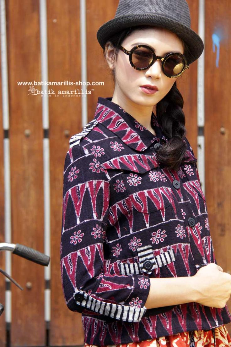 Batik Amarillis made in Indonesia www.batikamarillis-shop.com proudly presents : Proudly presents : Batik Amarillis's Traveller jacket in juicy purple shades  colored tenungedog   the jacket itself is sporty chic with amazing texture , safari kinda style with a twist!