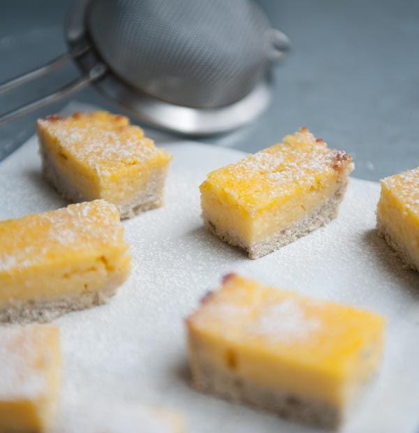 Een heerlijke frisse citroentaart zonder rotzooi! Bovendien vrij van gluten en zuivel. En natuurlijk erg lekker!