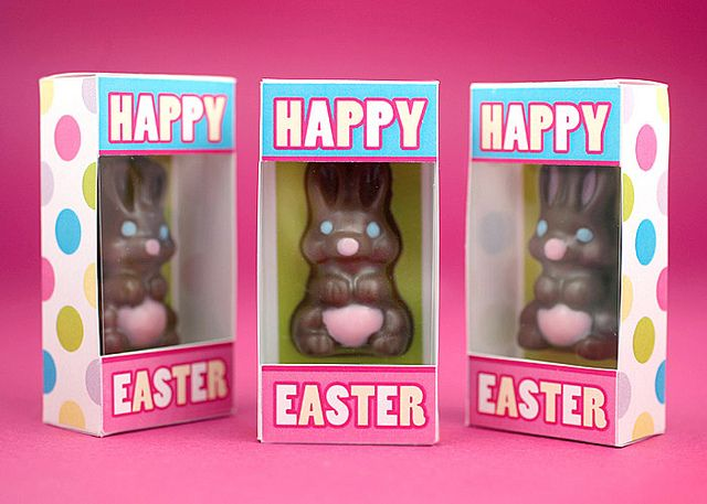 Found this neat little project; could be modified for any holiday!   Courtesy Bakerella, via FlickrHoliday Ideas, Minis Chocolates, Easter Bunnies, Bakerella Com, Chocolates Easter, Bunnies Httpbitlyhixfvl, Easter Bunny, Chocolates Bunnies, Diy Chocolates