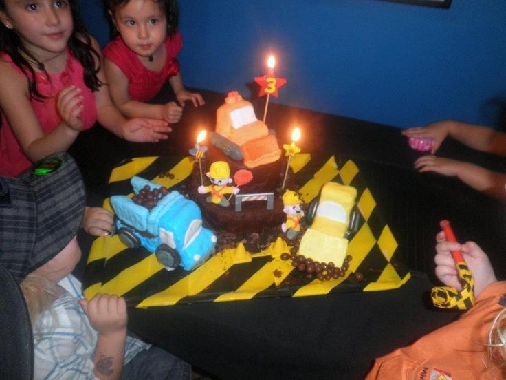 Grayson's construction cake