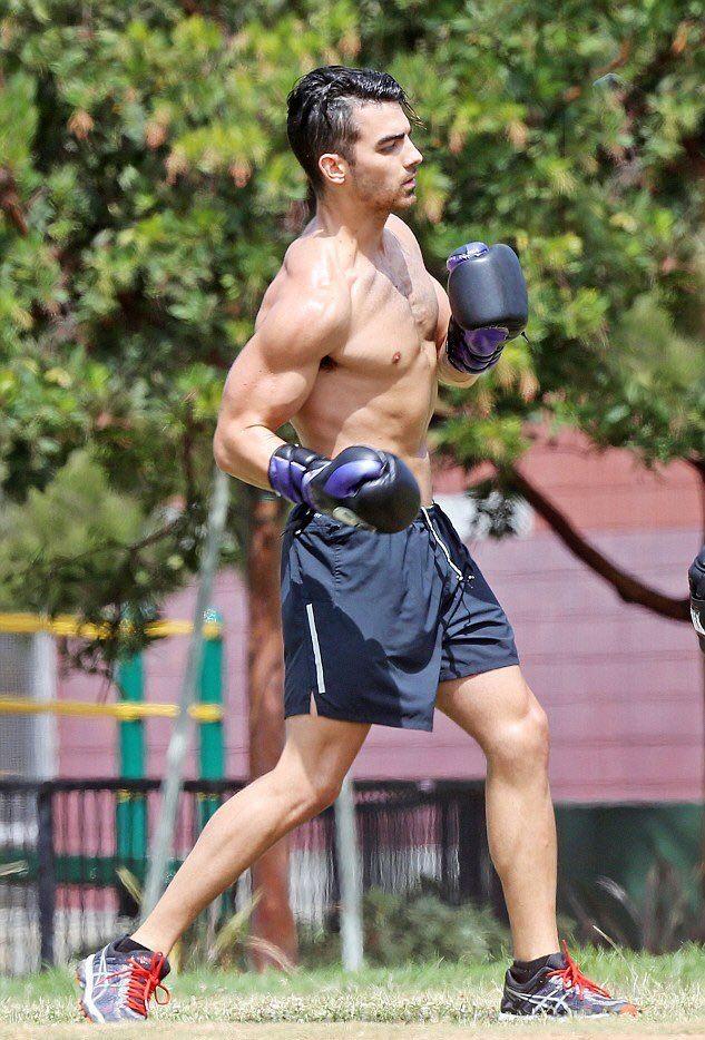 Joe Jonas Hot Boxers Joe Jonas Shirtless Jonas