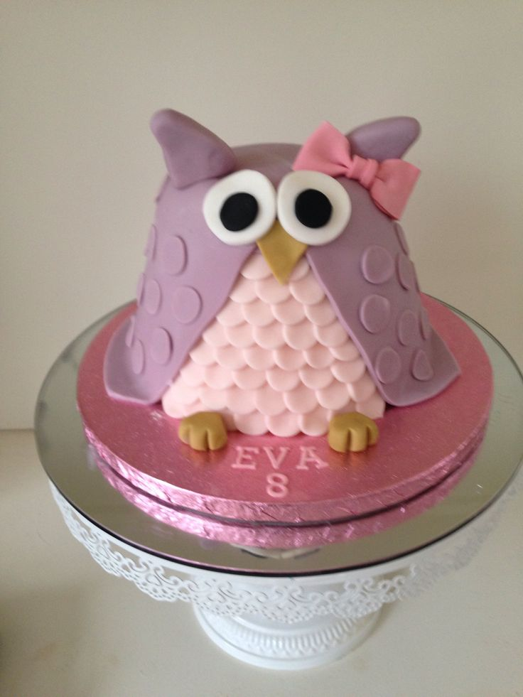 Cute 3D Owl Birthday Cake, by www.boutiquebakehouse.co.uk