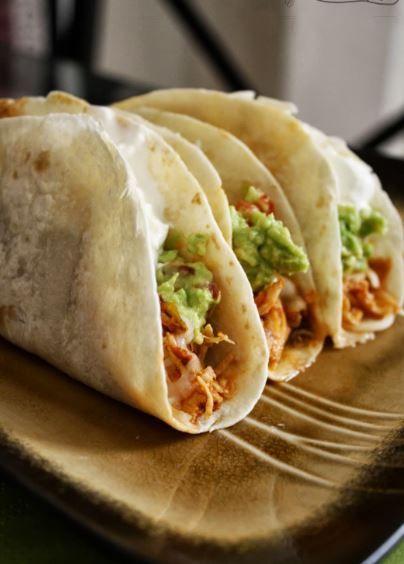 Crockpot Chicken Tacos - 1 Envelope Taco Seasoning (I use Old El Paso Reduced Sodium) 6 Pieces Boneless, Skinless Chicken Breasts 1 16-ounce jar Salsa