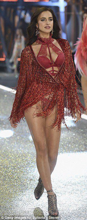 Irina Shayk 'pregnant' at Victoria's Secret Fashion Show debut #dailymail