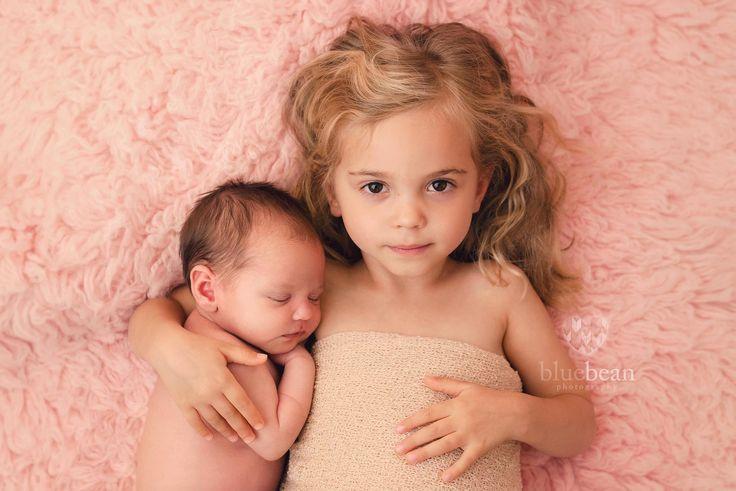 newborn baby, sibling, baby girl, toddler, sibling session, photoshoot, pink flokati