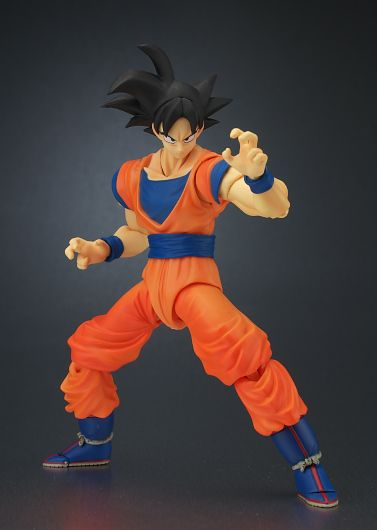 Goku (S.H.Figuarts). Out of many of Goku's outfits I am always very partial to the Cell Saga and the Frieza saga. I really like the Cell Sagas outfit for Figuarts but wish it was mirrored closer to the Anime. I've also seen a lot of people use this body for the Super Saiyan Awakening Goku head to mirror closer to the SDCC exclusive Super Saiyan Goku. I might do that myself way in the future.  #SonGokuKakarot