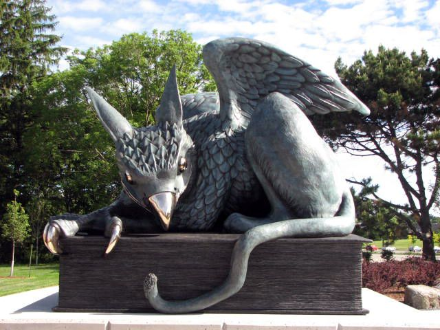 Gryphon statue created by Kim Kozzi, Dai Skuse, Nicole Vogelzang and Dustin Wilson at the University of Guelph