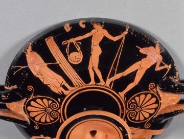 Drinking cup (kylix) depicting palaistra scenes | Museum of Fine Arts, Boston