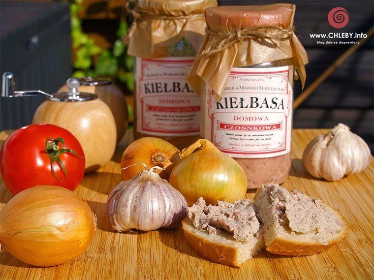 Pieczenie chleba i inne przepisy: Kiełbasa czosnkowa ze słoika