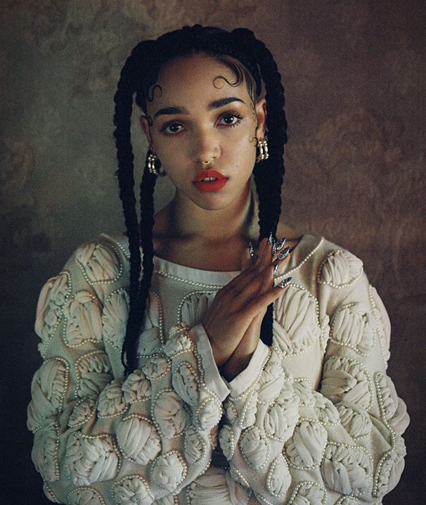 "#31C_Videos. The Song Of The Day (23.11.13): FKA twigs - Water Me  ""Enigmática"""
