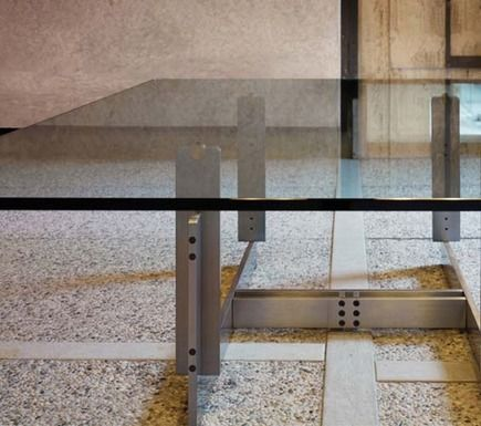 Florian coffee table by Carlo Scarpa