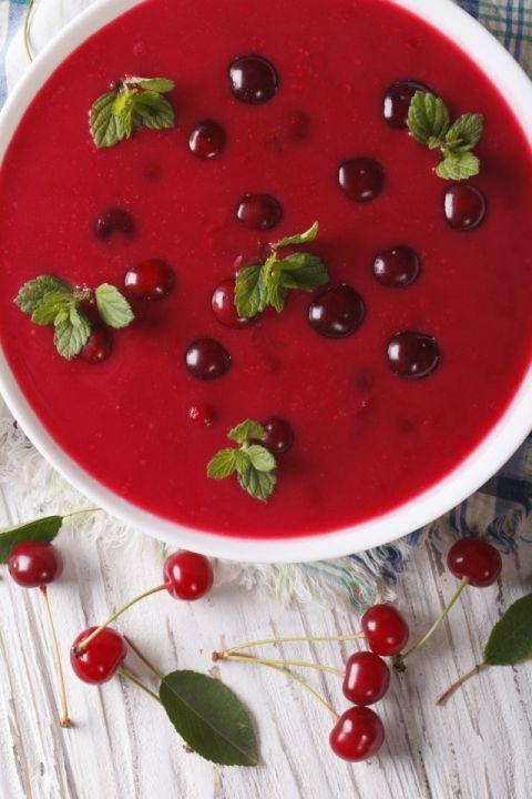 Studená čerešňová polievka