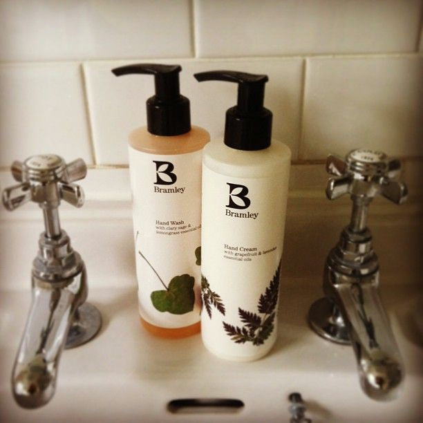 Sitting pretty at #the #beckford #arms #bramley #products #bath #body #beauty #natural #essentialoils #wiltshire #dorset #bubble #hand #cream #hotel #pub #english