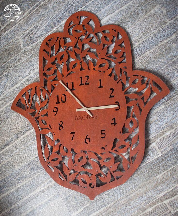 "Wooden wall clock "" Hamsa"" by BAOBAB"