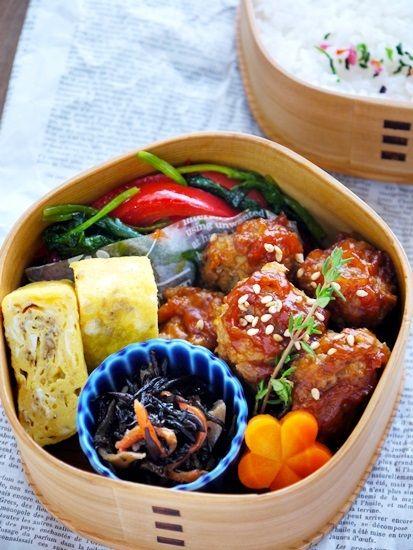 2013.12.12のお弁当【鮭の味噌漬け焼き弁当】の画像 | 曲げわっぱのあひる弁当