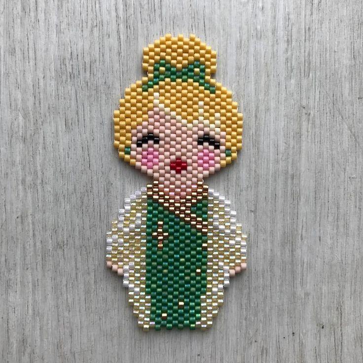 Clochette de @coeur__citron #jenfiledesperles #jenfiledesperlesetjaimeca #jenfiledesperlesetjassume #tissageperlesmiyuki #tissageperles #miyuki #miyukibeads #miyukidelica #miyukiaddict #perlesmiyuki #perles #perlesandco #perlesaddict #clochette #brickstitch #motifcoeurcitron