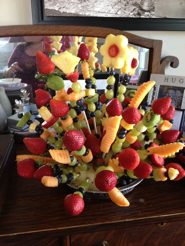 I made this fruit arrangement for a birthday party