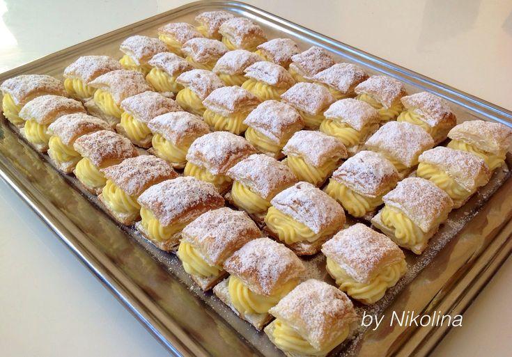 За хората и пиците: Мини бутер сладки с крем шантили