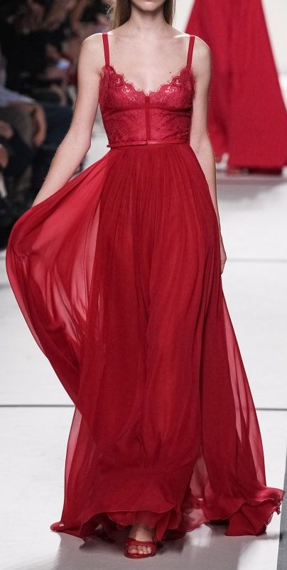 Elie Saab. @Reina Bruinsma Bruinsma Bruinsma Bruinsma Peterson this reminds me of your gorgeous prom dress! :)