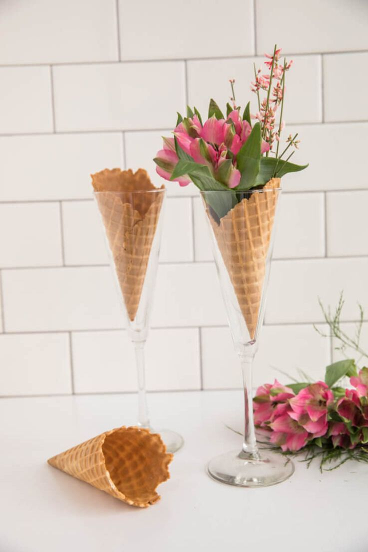Last Minute Centerpieces Perfect For Your Galentine S Day Party Ice Cream Party Decorations Centerpieces Flower Decorations