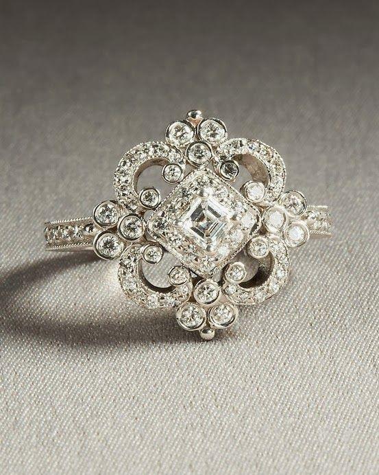 Charming and Elegant Shiny Diamond Wedding Ring