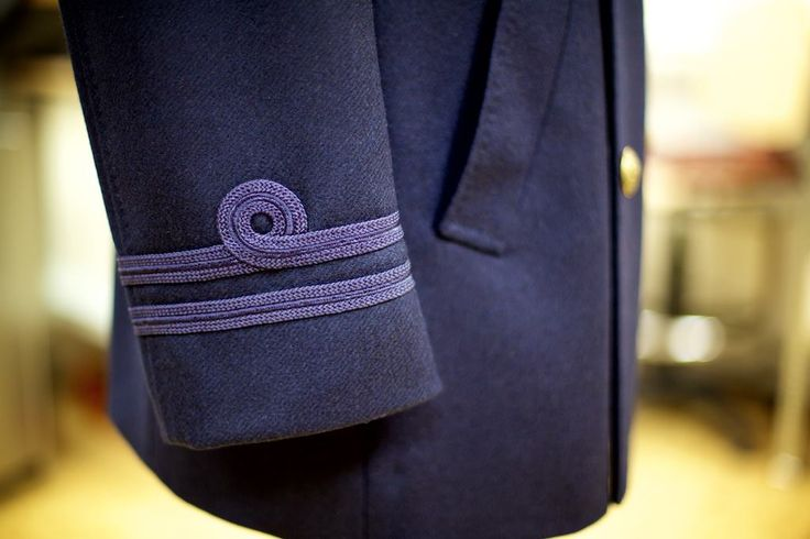 And just to finish off the Pea Coat, a subtle naval detail on the right sleeve. Alas, dear customer, I am afraid that I'm not sure what rank this represents