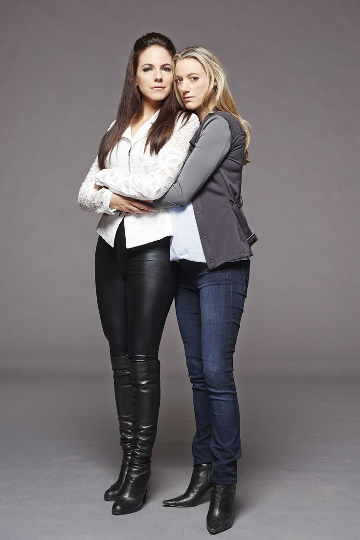 Anna Silk, Zoie Palmer | Bo and Lauren | Lost Girl Season ...