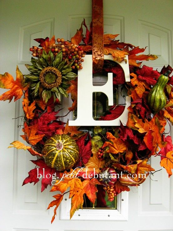 fall/ thanksgiving home decorating idea, for every home should have a gorgeous wreath to welcome you!