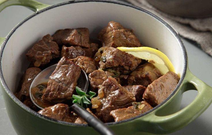 Μοσχάρι ριγανάτο στην κατσαρόλα - Συνταγές - Εύκολα & γρήγορα | γαστρονόμος