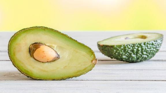 """How this 'Time Machine' can extend the life of your avocados -> http://mashable.com/2016/08/10/avocado-time-machine-shelf-life/   Naturo has invented a """"Time Machine"""" that can apparently slow the ripening of the avocados.   The Australian food technology company claims it can switch off the enzymes responsible for browning extending the shelf life to a minimum of ten days.  This might save all of your avocados from going brown ever again.  Read more...  More about Mashable Video Australia…"""