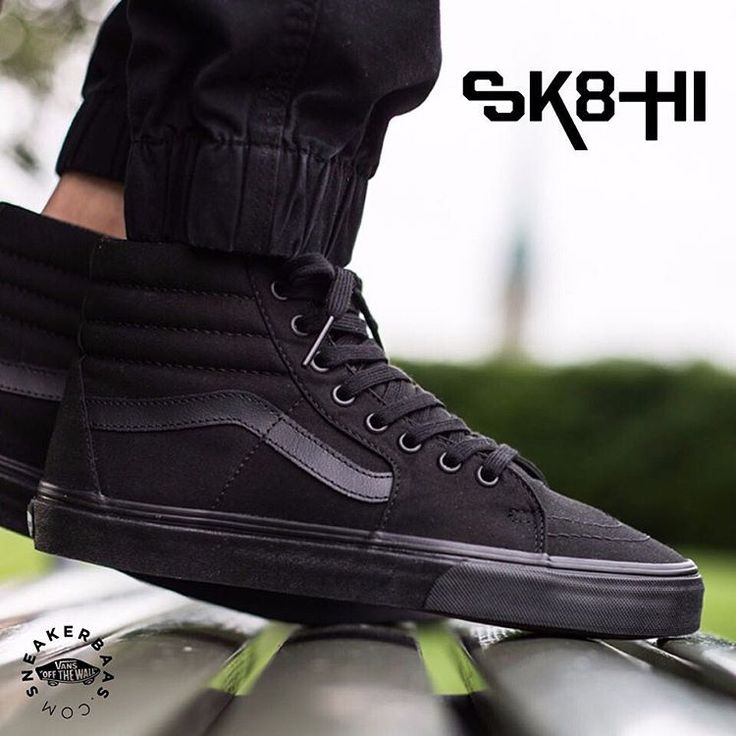 #vans #vanssk8-hi #reissue #premiumpack  Vans Sk8-Hi- Vans got the perfect winter-preparation for you! Using the padded-ankle panels and minimalistic Vans-branding, this sneaker is a real solid wintersneaker.  Now online available | Priced at 74.99 EU | Men Sizes 40 - 47 EU | Wmns Sizes 36 - 42 EU