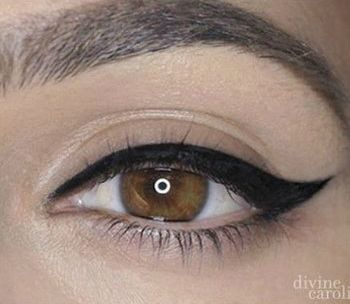 Tutorial: How To Make A Perfect Winged Eyeliner