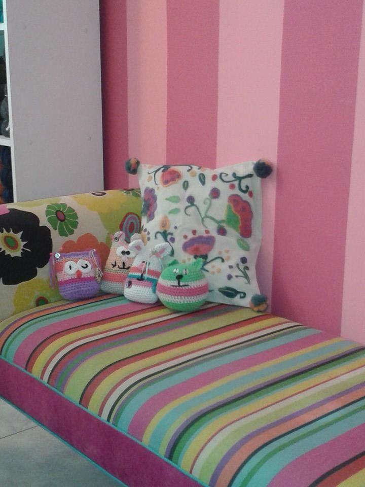 Fundas de almohadones realizadas en lino con detalles de - Detalles de fieltro ...