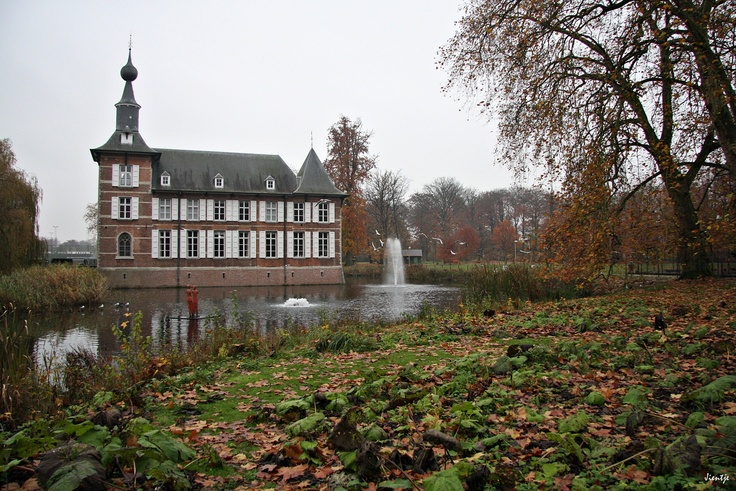 The chateau at Schoten