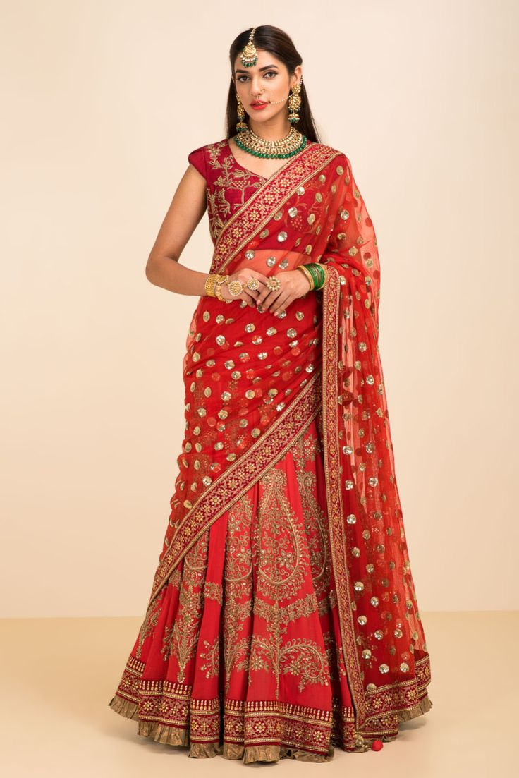 Sumona Couture ~ Red embroidered lehenga set | Flyrobe