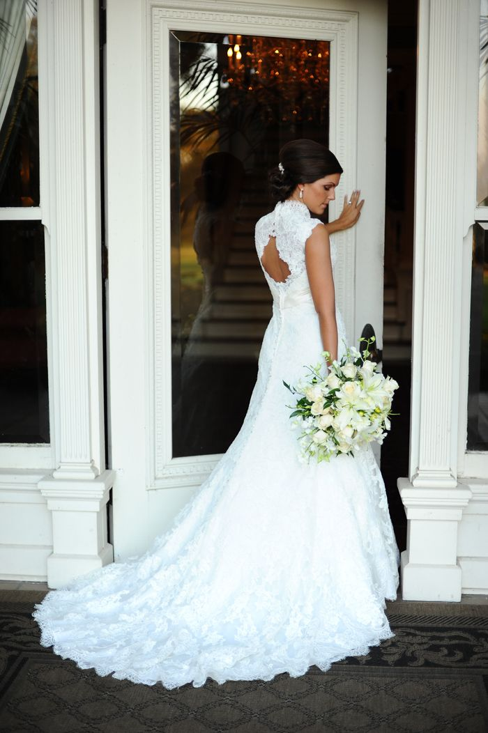 Bridal gown with wedding bouquet. Bridal Portrait.