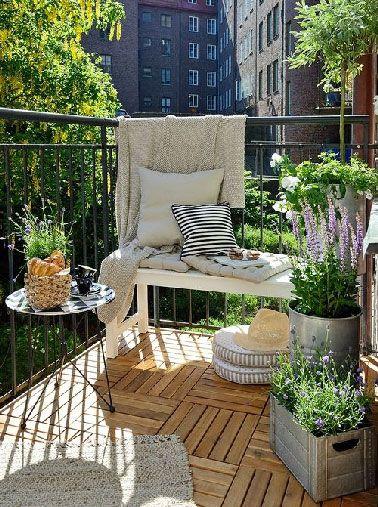5 d co balcon petit budget et grandes id es prises sur for Plantation beuh exterieur