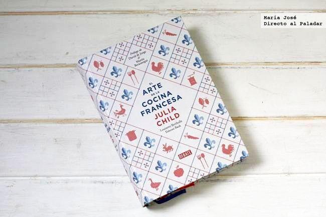 Cincuenta años ha sido el tiempo que ha tardado en traducirse al español El arte de la cocina francesa, el libro de recetas de Julia Child. La interesante tr...