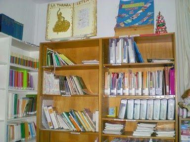 Sección para el profesorado en la biblioteca del CEIP Marín Ocete, Alfacar