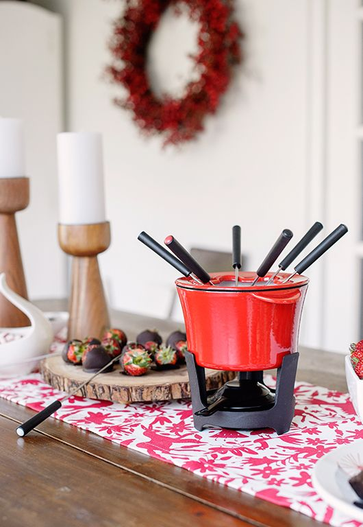 sfgirlbybay entertains with holiday dinnerware