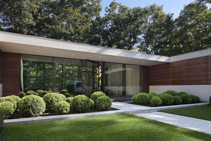 Specht Harpman Architects Best Architectural Garden Feature, 2013 Gardenista Considered Design Awards - Like the shrubs