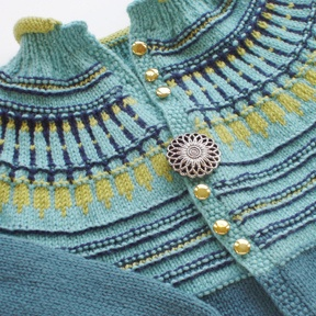 Egypt cardigan by Luise Roberts, via Flickr