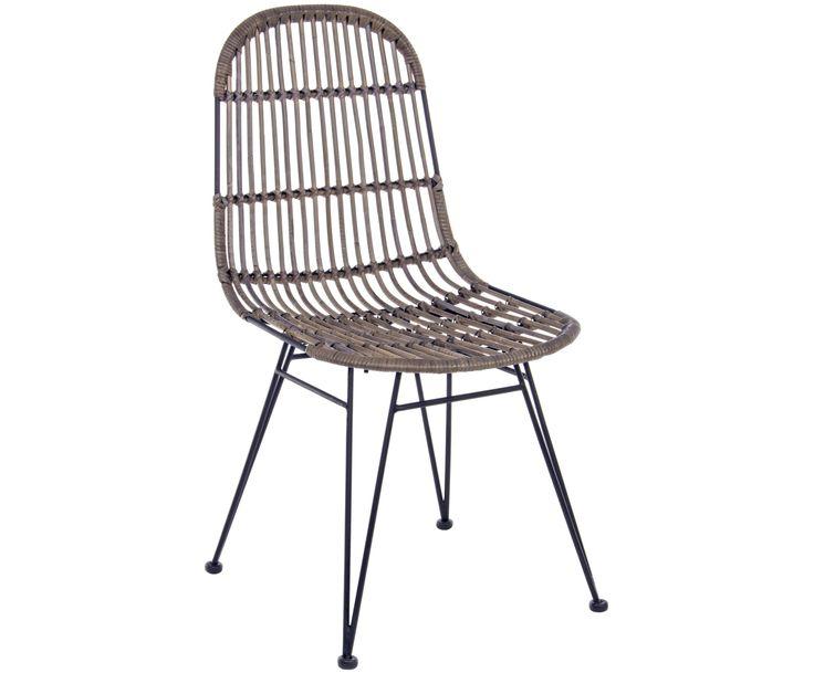 Mit den Stühlen Maryann aus dunklem Rattan-Geflecht steht dem perfekten Dinner nichts mehr im Weg. Weitere In- und Outdoor-Möbel von BIZZOTTO auf >> WestwingNow.