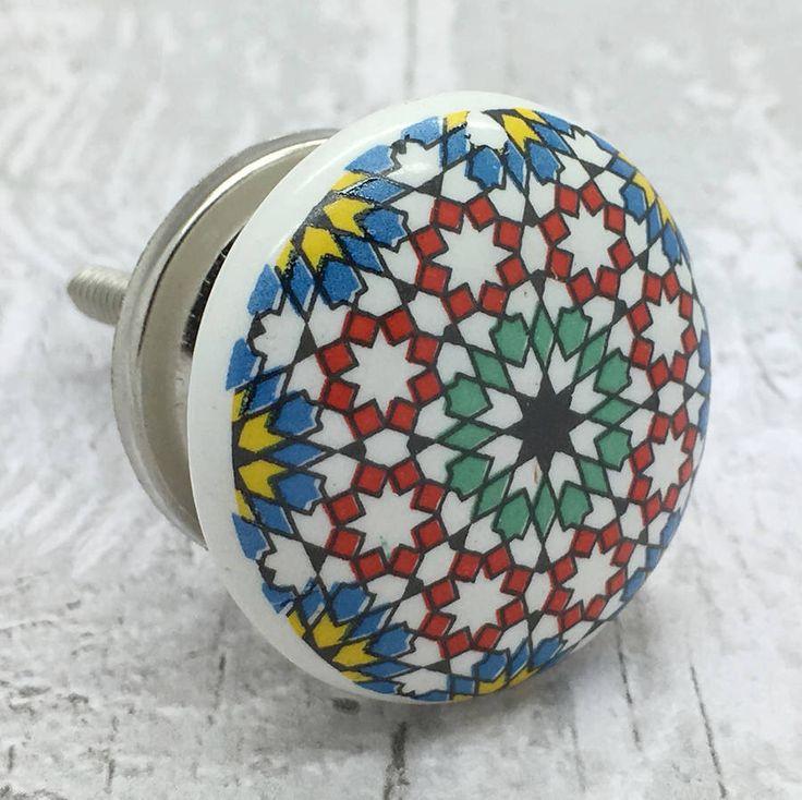 I've just found Snowflakes Ceramic Door Knob Cupboard Handle. Snowflakes ceramic knob is beautiful ceramic door knob design ideal for decorating home furniture. £4.49
