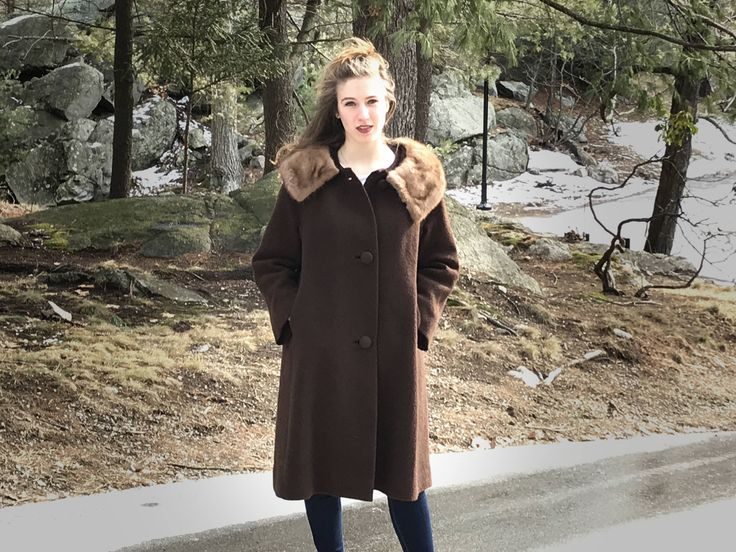 Vintage brown wool boucle coat with fur collar size L, 1960s coat, MCM clothing, mid century clothing, MCM coat by TBKTheBeesKnees on Etsy