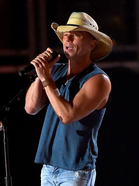 Kenny Chesney Photos - 50th Academy Of Country Music Awards - Show - Zimbio