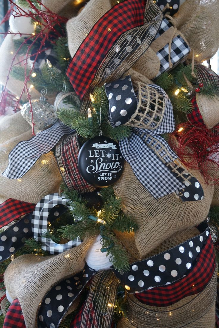 Buffalo check Christmas decor living room tree how to decorate a natural and casual tree